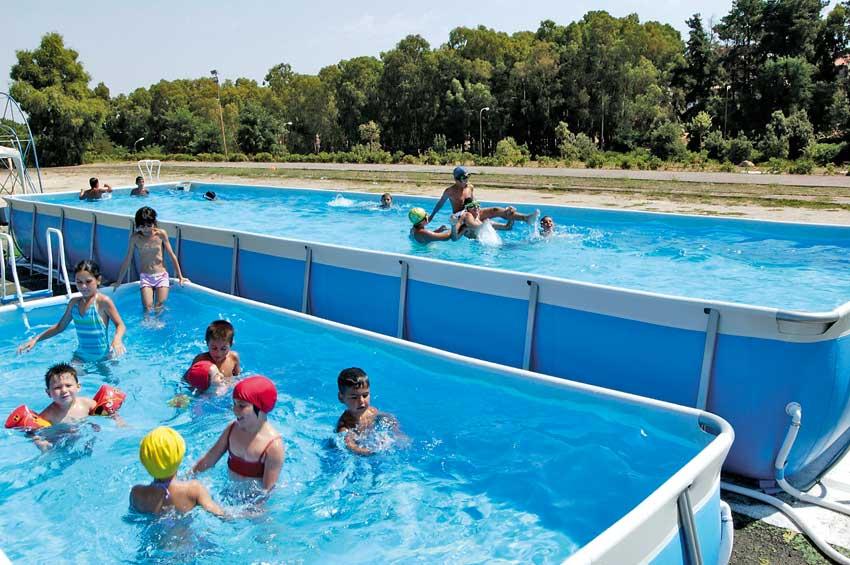 Il sogno di una piscina in giardino risorse dal web news - Piscina fuori terra costi ...